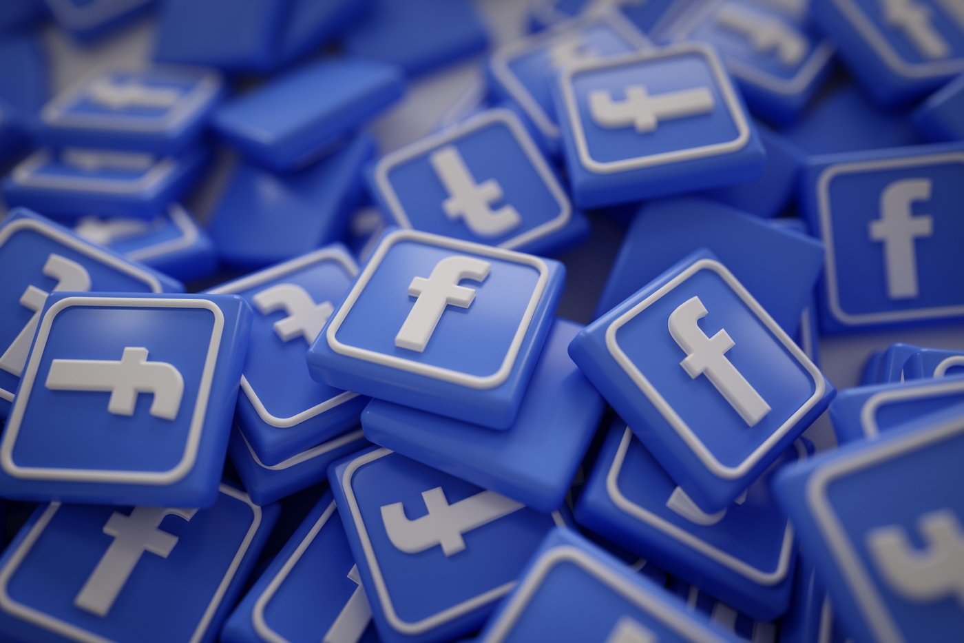 Приєднуйтеся до «Олександрії» у Фейсбуку!