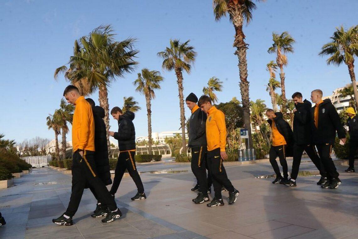 Турецькі збори: прогулянка перед матчем